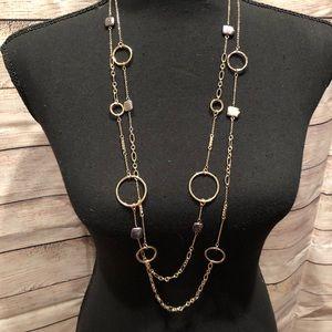 💝 White House Black Market necklace